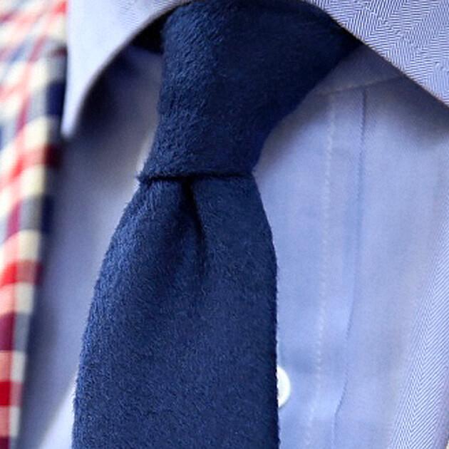 cravate cachemire peau bleu cinabre