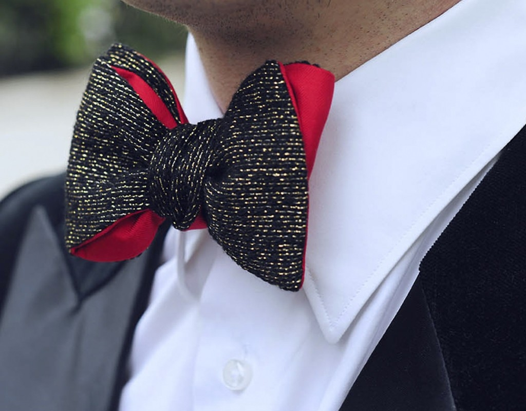 Bow ties and ties for a cocktail